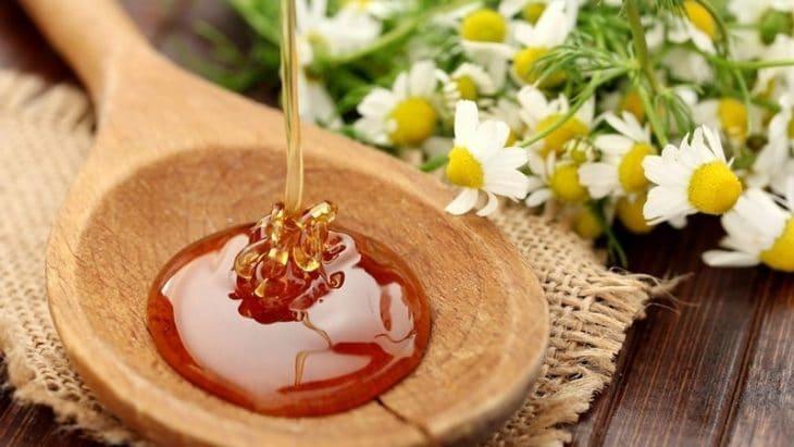 льющийся настоящий мед