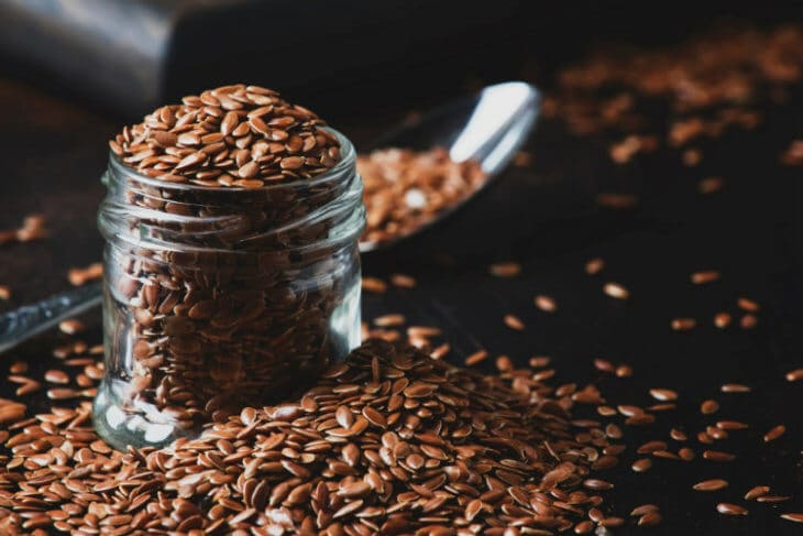 льняные зерна