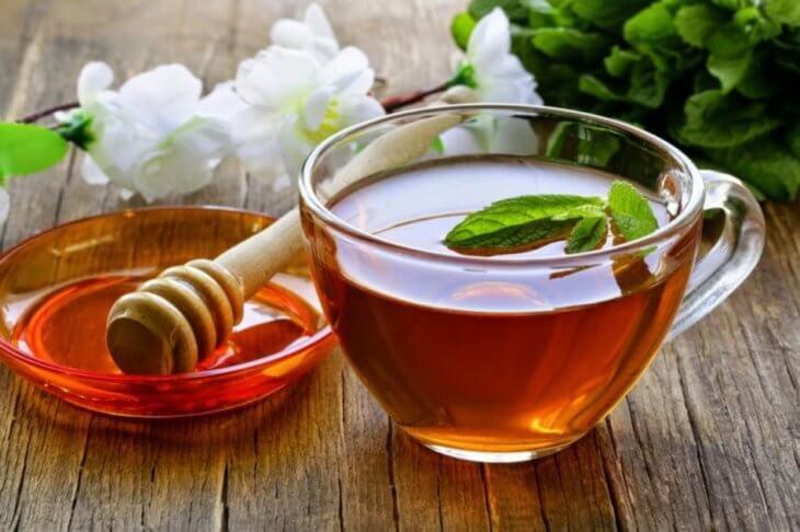 чай с мятой и медом