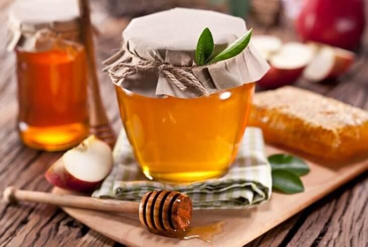 мед с яблоками