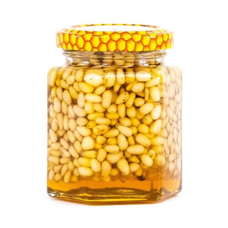 мед с кедровыми рехами