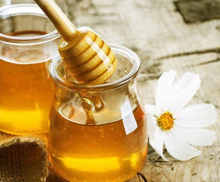 цветок и мед