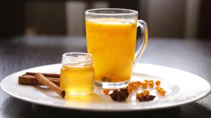 пряности в медовом напитке