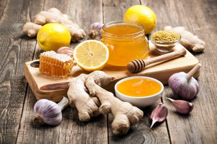 мед, чеснок, лимон и дополнительные компоненты